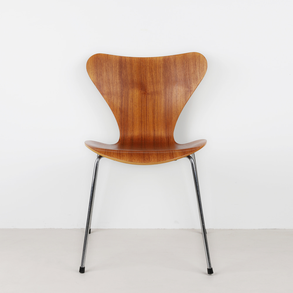 [세븐체어] Arne Jacobsen 7 Chair(AJ 3107) - Teak