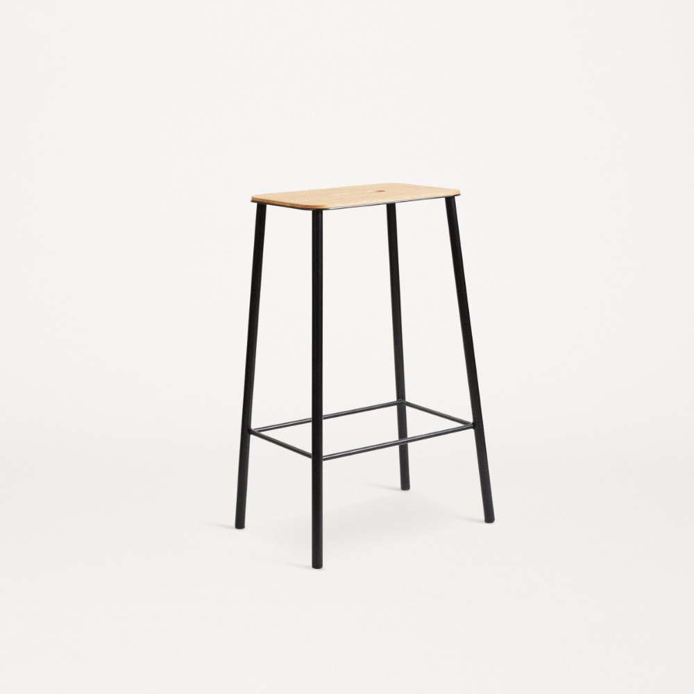 [프라마] Frama — Adam Stool — Oak / Black H65