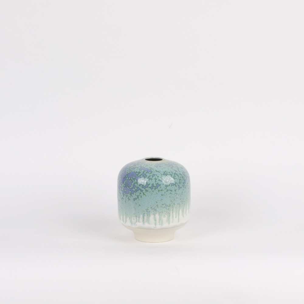 [아르호이] Plum Vase, Large — Deep sea stones